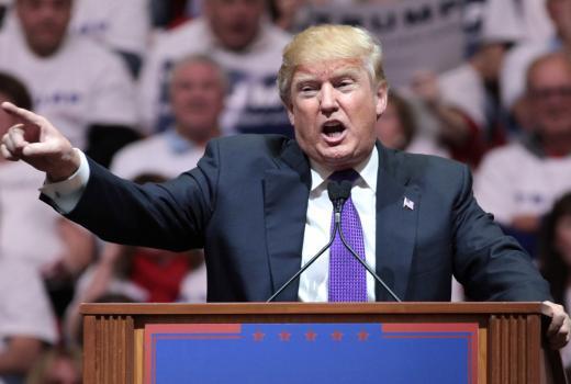 Twitter i Facebook blokirali Trumpove naloge zbog širenja dezinformacija