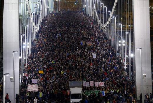 "Mađarska: porez na internet ""kap koja je prelila čašu"""