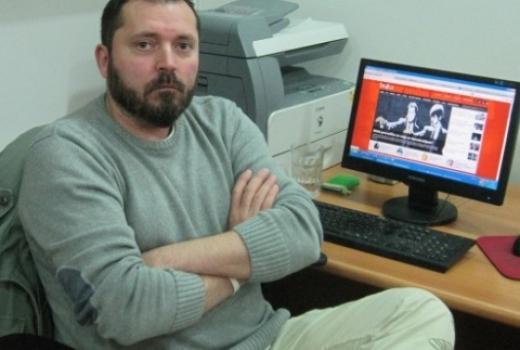 Priveden muškarac osumnjičen za prijetnje novinaru Draganu Bursaću