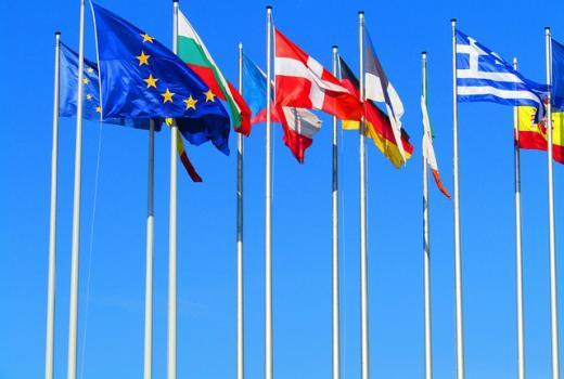 Koronavirus paradoks i pomoć medijima tokom pandemije u državama EU