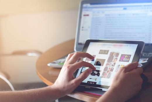 Od novinskog do umreženog biznisa: Financial Times prelazi na digitalni način rada