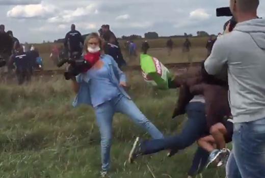 Mađarska novinarka otpuštena nakon snimka na kojem udara izbjeglice