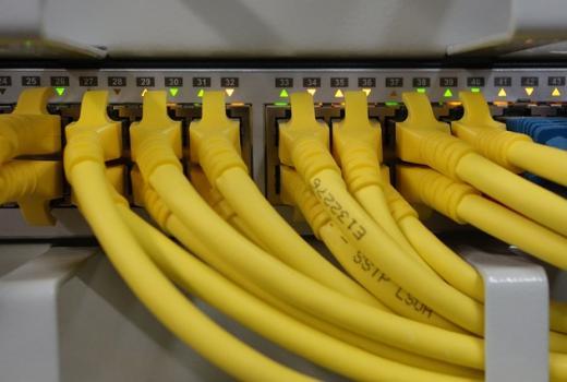 """Rusija planira izgradnju """"neovisnog interneta"""""""