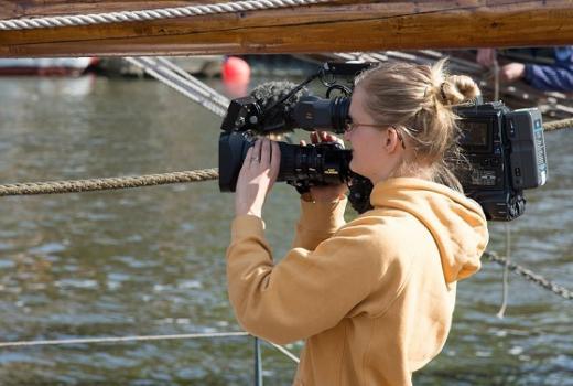 Novinarke u javnim i privatnim medijima: Moraš se boriti kao lavica da opstaneš