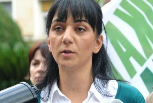 Marijana Comović: Novinarstvo je na koljenima