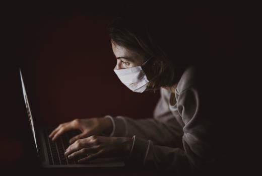 Pandemija je usložnila ionako stresan novinarski posao