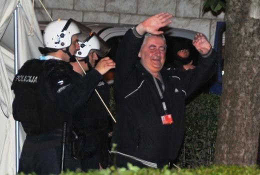 Tokom nereda u Crnoj Gori uhapšen dopisnik Večernjih novosti